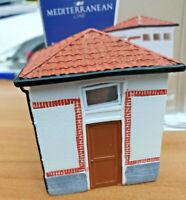 FS Toilettes WC per stazioni - Scala HO 1:87 Montato - Rivarossi HR8062