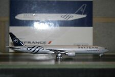 "Phoenix 1:400 Air France Boeing 777-300ER F-GZNE ""SkyTeam"" (PH4AFR414) Die-Cast"
