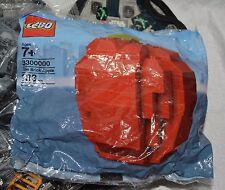 NIB LEGO #3300000 BRICK APPLE; 133 PCS; EXCLUSIVE NYC SET; RETIRED; NEW YORK