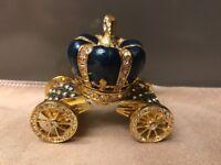 Rucinni Green Teal Crown Carriage Trinket box Swavorski Crystals Beautiful Gift