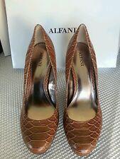 Alfani NEW Maddy Brown Embossed Platform Pumps Heels Shoes size 7.5 M