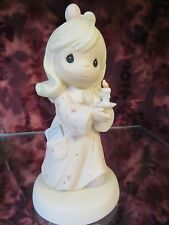 """Precious Moments-#272531 """"Sharing The Light of Love""""- Girl Holding Candle - NIB"""