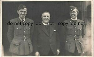 WW2 RAF RAFVR Chaplain & Flying Officer with Priest / Reverend