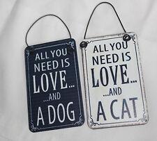 """Mini Metal Dangler """"todo lo que necesitas es amor y un gato Colgante de puerta de coche,"""