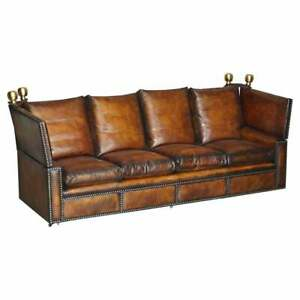 FULLY RESTORED ANTIQUE HAND DYED BROWN LEATHER FOUR SEATER KNOLL DROP ARM SOFA
