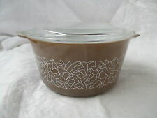 Vintage Pyrex Casserole 473-B Woodlands with lid