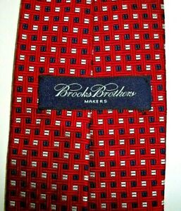 NEW---BROOKS BROTHERS TIE--QUALITY SINCE 1818--WOVEN IN ENGLAND-SILK--59 x 3 3/4