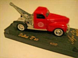 Chicago  FIRE DEPT,  1940 Dodge Tow Truck, Age d'or, Solido, Talbot T23,