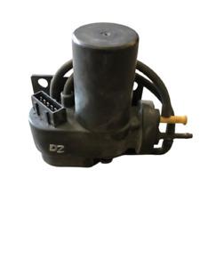 Land Rover Discovery 2 99-04 OEM Cruise Control Vacuum Pump SCC100030L