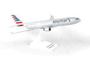Daron Skymarks American A330-300 1/200 Model Aircraft