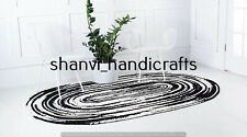 Oval Braided Rug White & Black Colour Handwoven 3x4 Feet Home Decor Floor Carpet