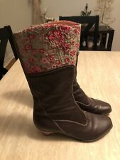 Womens Think! Embroidered Boots size 39 US 8