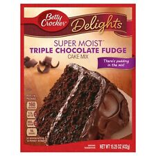 NEW DELIGHTS BETTY CROCKER SUPER MOIST TRIPLE CHOCOLATE FUDGE CAKE MIX 15.25 OZ