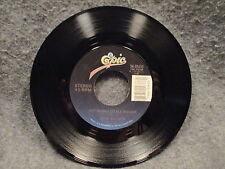 "45 RPM 7"" Record Gene Watson Memories To Burn & Get A Long Little Doggie 3405633"
