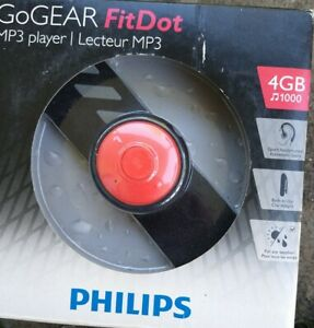 Philips Go Gear Fit Dot 4GB MP3 Player SA5DOT04ONS/37 Fast Charge- Built In Clip
