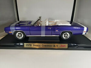 1970 Dodge Coronet R/T. Road Signature 1:18.  Used, excellent.
