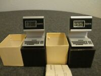 1980's NOS (2) QUARTZ PROMO COMPUTER CLOCK / DESK ADVERTISEMENT- NEW BATTS W/BOX