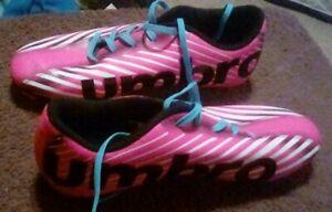 Umbro Arturo Sz 4 - Pink White Black - Girls Soccer Cleats