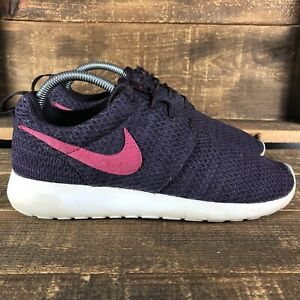 Women's Nike Roshe One Port Wine Pink Athletic Shoes Fits a Size 8.5