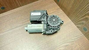 VW TRANSPORTER V BUS (04.03-08.15) WINDOW REGULATOR MOTOR FRONT RIGHT 7H1959802A