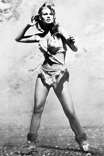 RAQUEL WELCH ONE MILLION YEARS B.C. 24X36 POSTER ICONIC B/W IMAGE FUR BIKINI
