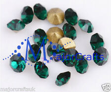 24x Dark Emerald Green ss39 8mm Point Back Glass Chatons Crystals Rhinestones