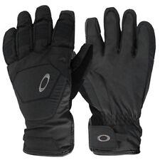 Équipements de neige noires Oakley pour les sports d'hiver