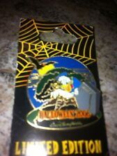 Disney Pin 49731 WDW - Haunted Parks 2006 - Donald Duck and The Tree of Life