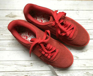 NWT Puma California Embossed Floral Hibiscus Women's Sneaker Size 7.5 Red