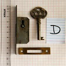 Kleines altes Schrankschloss mit Schlüssel Einsteckschloss Möbelschloss -D-