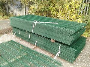 Green Mesh Fence Panels