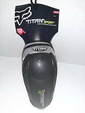 TITAN SPORT ELBOW GUARD BLACK/SILVER S/M  08063-464-S/M Adult Brand new
