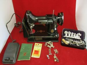 Vintage 1953 Singer 221-1 Featherweight Sewing Machine VG Cond. w/ Extras Lot 1