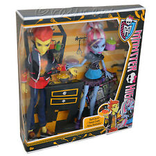 Monster High Heath Burns & and Abbey Bominable Dolls Lab Partners Twin Pack