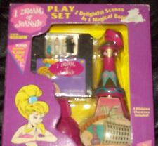 I Dream of Jeannie Play Set Bottle and Figures Polly Pocket Size  NIB!