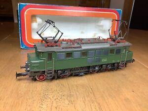 Marklin HO Gauge 3 Rail AC 3049 DB Class 104 Electric Loco 104021-1