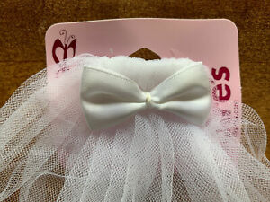 """NWT CLAIRE'S GIRLS WHITE TULLE VEIL WITH BOW COMMUNION FLOWER GIRL 15"""" W/ COMB"""