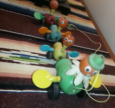 Fisher-Price Chickens Pull Toy 1950's +YOUTUBE VID
