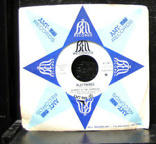"Shirley & The Shirelles - Playthings / Looking Glass Mint- 7""  1969 Bell B-787"