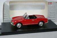 UH 1/43 - Alfa Romeo Giulietta Spyder Rouge