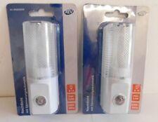 2 Stück REV  Nachtlicht mit Dämmerungsautomatik