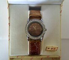 LADIES PHAT BOTTOMS WRIST WATCH NEW IN A GIFT BOX NEW BATTERY RUNNING