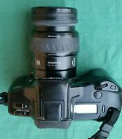 Minolta Dynax 7xi with Minolta 28-105mm and 100-300mm Zoom Lenses + 8 Prog Cards