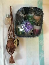 Discontinued dewberry 1990s THE BODY SHOP Gift Set, moonflower & amphora pot