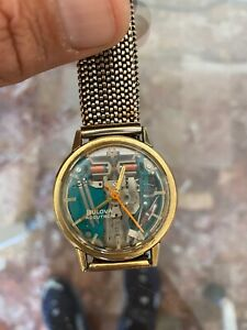 Bulova Accutron Spaceview 214-M1. Solid gold 18k. Anno 1961. NOS. Solotempo