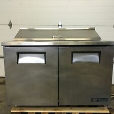 "TRUE TSSU-48-12 48"" TWO DOOR REFRIGERATED SANDWICH SALAD PREP TABLE COOLS NICELY"