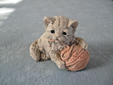 1988 UDC Stone Critters Grey Kitten With Pink Yarn Ball SC254