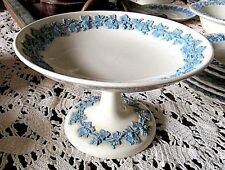 WEDGWOOD EMBOSSED PEDESTAL ROUND BOWL/COMPOTE**QUEENS WARE**LAVENDER ON CREAM**