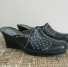 Clark's Artisan Black Leather w Braided Detail Wedge Mules Slides Shoes size 8M