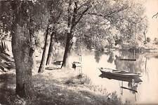 BR18942 La varenne le coin des pecheurs fisher  france